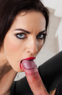 Ass Of Russian Linda Moretti Fucked By Dildo And Big Cock