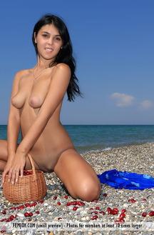 Tanaia J In Femjoy