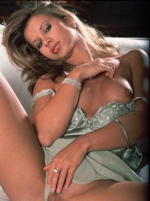 Tereza Benesova Exposes Her Sweet Crotch