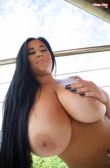 Chloe Kendall Exposing Her Huge Breasts