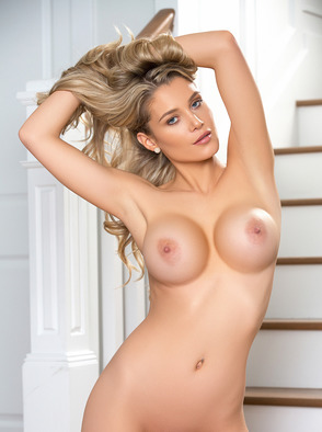 Busty Anna Opsal Showing Her Big Boobs