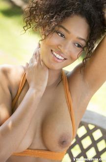 Ebony Beauty Noelle Monique Strips Nude