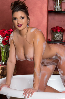 Sexy Playboy Babes In Baths