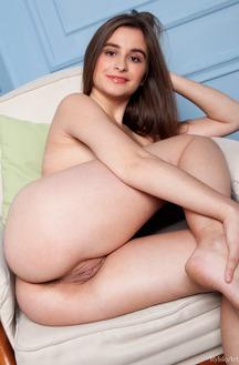 Perky Russian Teen Zanna Posing Nude