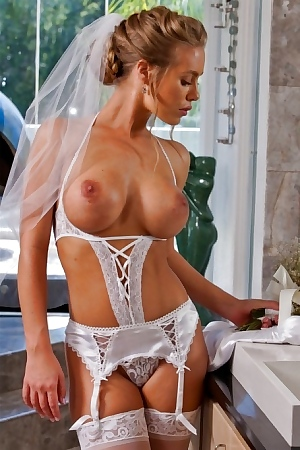 Stupendous Bride In Stockings Gets Rid