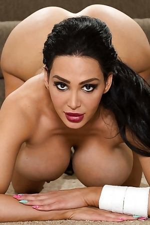 Amy Anderssen With Big Tits