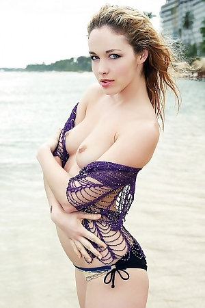 Alissa White Cute Blonde Playful Babe On The Beach