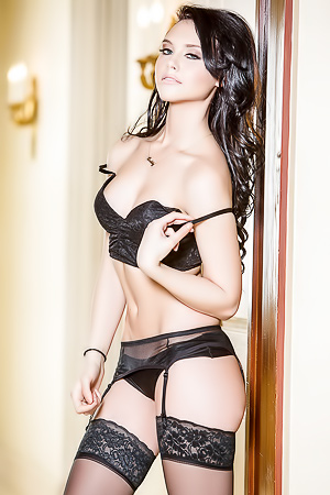 I Cant Get Enough Of The Beautiful Gal Iana Little