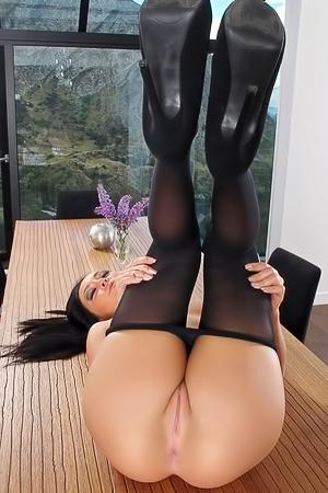 Sabrina Banks Pantyhose
