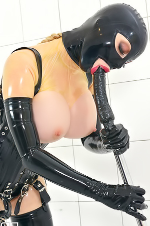 Latex Lucy Takes It Deep