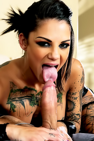 Bonnie Rotten Hardcore Babe Gets Nailed