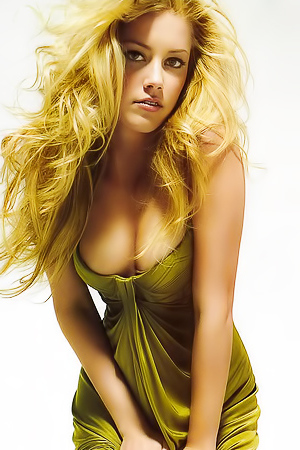 Erotic Session With Blonde Star Amber Heard