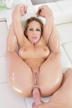 Cherie DeVille In Hord Oily Anal Fuck