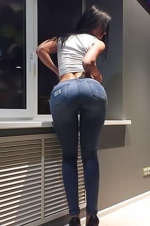 Sexy Miss Bum Bum Contestants