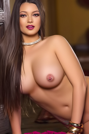 Chelsie Aryn Exotic And Busty Playboy Babe