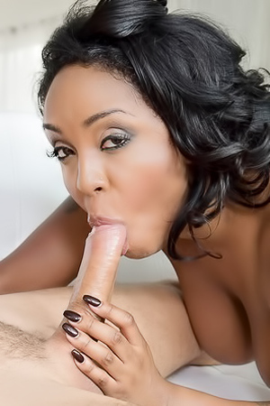 Natural Huge Boobed Ebony Slut Gets Fucked