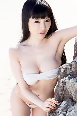 Yuuri Morishita Full Kiss
