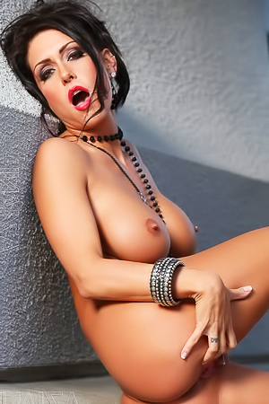 Jessica Jaymes She Likes