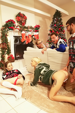 Christmas Threesome With Angel Smalls And Kenzie Reeves
