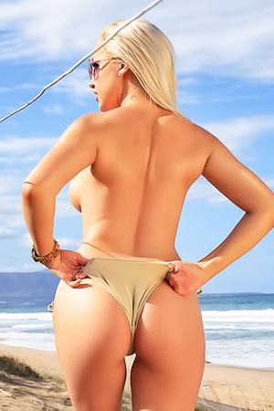 Yasmin - Wild Beach