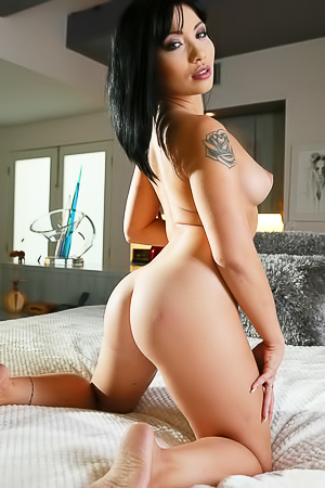 Asian Rina Is A Professional Hotwife picture gallery
