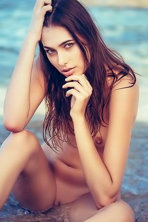 Katrine Pirs Playboy Beauty Strips Bikini