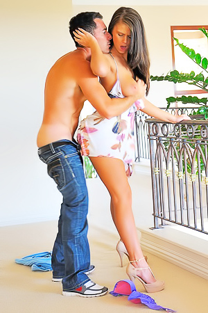 Whitney X Sweet Kisses