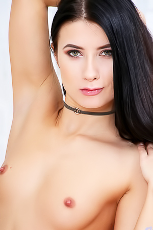 Russian Teen Nicole Black Gets Dirty