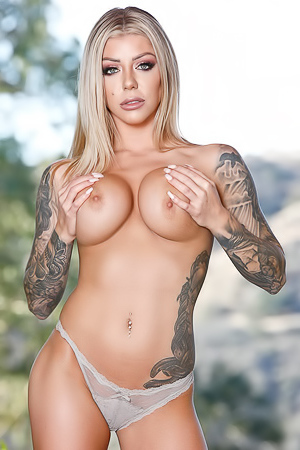 Tattooed Babe Karma RX Shows Her Huge Boobs