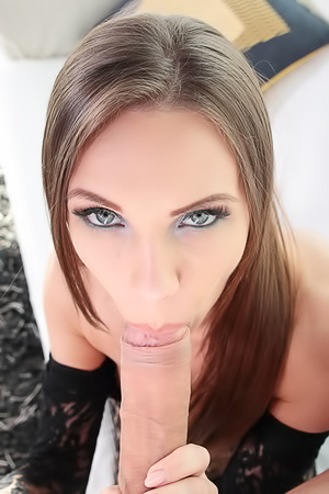 Veronika Clark Received Anal Creampie