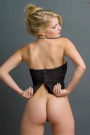 Liz Ashley's sexy ass